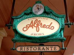 L'Originale Alfredo di Roma Ristorante sign. Copyright© Scott Thomas Photography 2006